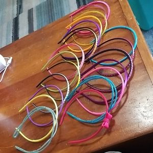 Lot of 21 plastic girl headbands